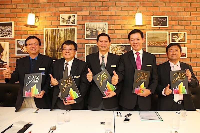MAPEX 2013 Official Show Guide receives thumbs up from REHDA Johor!